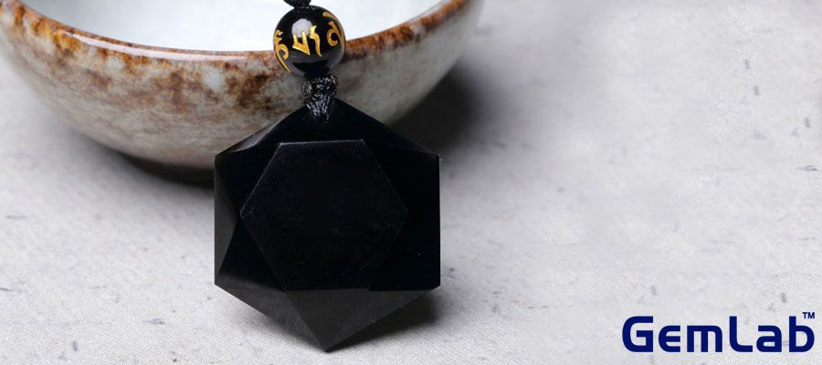 Obsidian Gemstone Meaning and its Varieties